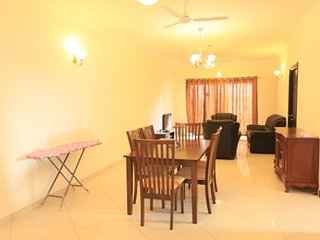 Well-appointed 3 BHK for 6