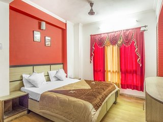 Tranquil and restful stay for three, close to Mall Road