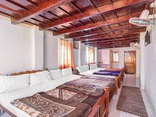 Hillside accommodation for 12, ideal for trekkers