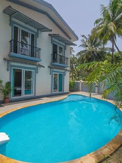 4-BR pool villa near Calangute Beach, ideal for large groups