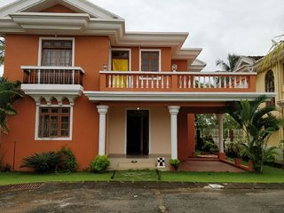 4-BHK villa for 10
