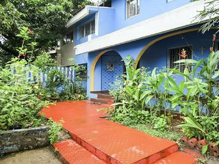 3 BHK bungalow near Miramar Beach
