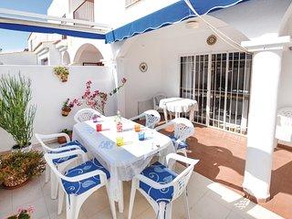 3 bedroom Villa in Urbanización Roquetas de Mar, Andalusia, Spain : ref 5552002