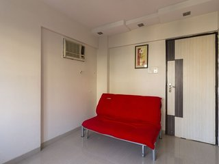 Exquisite 1 bedroom Guest House in a safe society; accommodates 3 guests