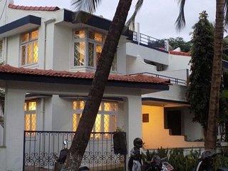 Sea-facing 3-BR villa