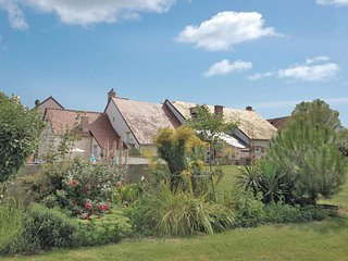 3 bedroom Villa in Saint-Nicolas-des-Motets, Centre, France : ref 5522189