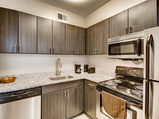 NASH.FA 704 - Bedroom Unit With Lovely Park View PAX2/4 NV