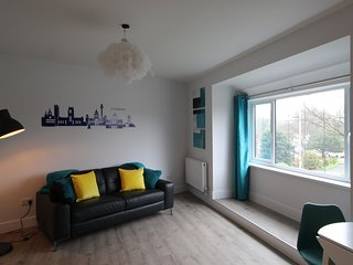Beautiful two bedroom property recently renovated throughout (Flat 2)