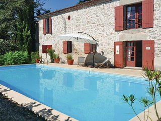 4 bedroom Villa in Hunet, Nouvelle-Aquitaine, France : ref 5521944