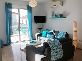 APARTMENT MYTHICAL CLOSE TO THE BEACH, WITH WIFI