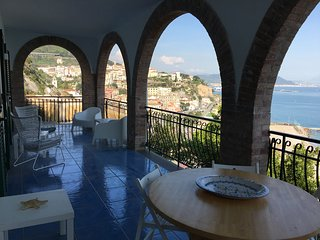FANTASTIC APARTMENT WITH VIEW IN VIETRI