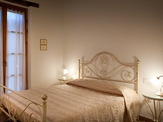 Country House Valle Dei Fiori - Fiordaliso Apartment