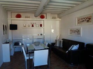Chianti Holiday Homes - Iris Apartment