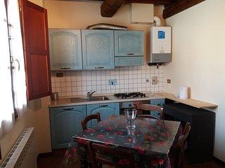 Chianti Holiday Homes - Mimosa Apartment