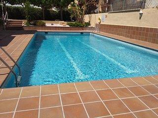 Apartamento playa piscina