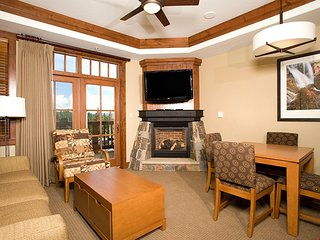 Alpine Condo + Fireplace, Balcony | Access Spa/Hot Tubs/Pools/Shuttle!