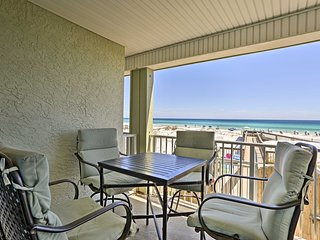 Seagrove Beach Condo - 2 Bikes Included with Stay!