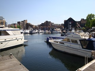 St Katharine Docks - Tower Bridge - Marina View
