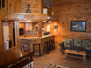 Enjoy Gatlinburg at Bluebearry Patch, only 3.5 miles to downtown!