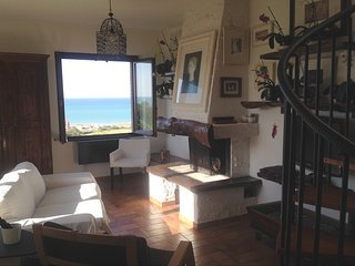 Appartamento con giardino, stupenda vista mare