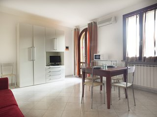 Colorino - Studio apartment with swimming pool in Suvereto