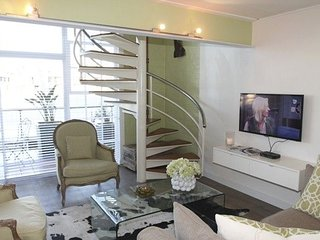 Apartment in the center of Cape Town with Air conditioning, Lift, Parking, Balco