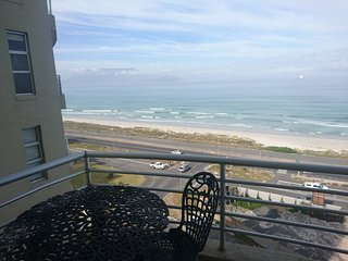 Apartment in Cape Town with Lift, Parking, Balcony (675740)