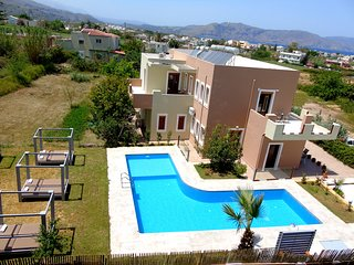 Manos Apts, Kavros, pool, walking distance to the beach, ideal for large groups.