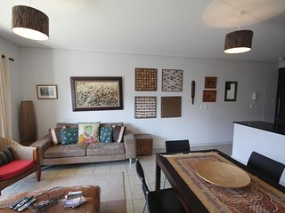 Apartment in Cape Town with Lift, Parking, Balcony (675744)