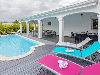 Superbe villa avec Piscine et Jardin