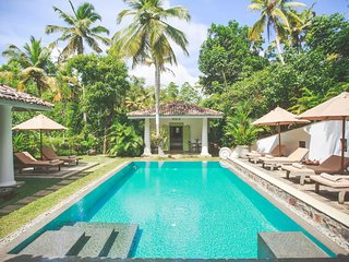 Villas Gabrielle, a luxurious colonial style villa in Ahangama, sleeping 10