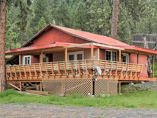 Orofino Fishing Cabin - 5 Mi. to Clearwater River!