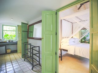 Villas Gabrielle, Family Suite in a luxury colonial style villa near Ahangama