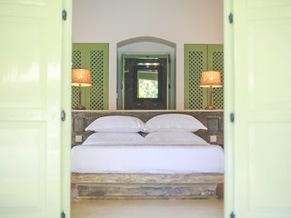 Honey Moon Suite in Villas Gabrielle, a luxury colonial style villa in Ahangama
