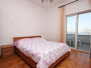 Two bedroom apartment Metajna, Pag (A-209-c)