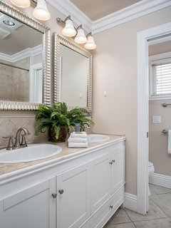 Second Master bathroom with shower tub