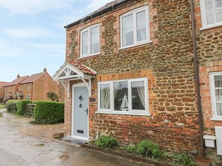 HERBIES COTTAGE, perfect for families, pleasant views, lovely location, in Snett