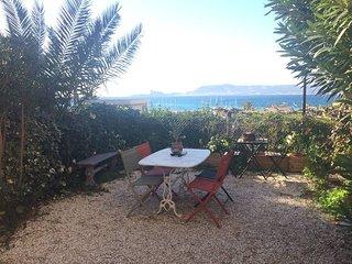 Appartement 3 pièces à 5 mn des plages avec Jardin vue sur mer
