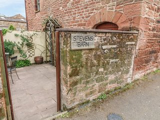 STEVENS BARN, barn conversion, pet friendly, wi-fi. Ref: 972369