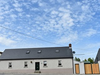 The Weaver's Cottage, High Street, Graiguenamanagh Co. Kilkenny. R95Y5D1.