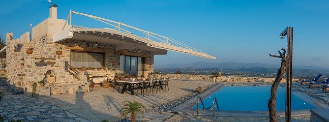 Luxury Villa Zeus & Dione in Lagolio