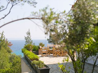 Summer Retreat - 5BDR House in Vourvourou