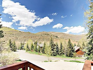 2BR, 2BA Spacious West Vail Condo Near Shuttle w/Shared Hot Tub and Fireplace