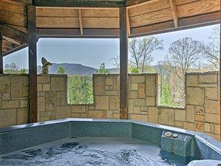Murphy 'Castle of Joy' on 11 Acres w/ Hot Tub!