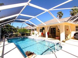 Schones Ferienhaus mit Pool in ruhiger Wohngegend
