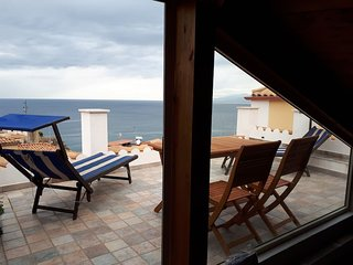 Pizzo Old town, new apartment with sea views
