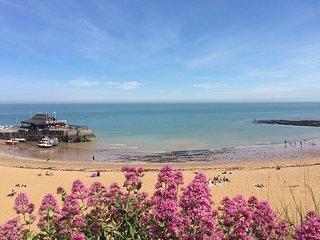 Beach Corner - Relax & Unwind