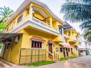 Relaxing 3-BR villa for a large group, near Baga Beach