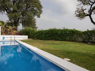 Stunning Contemporary villa set in amazing location - Special Offer