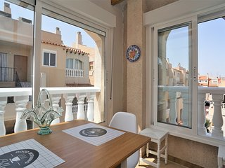 352- 1 bedroom apartment in town